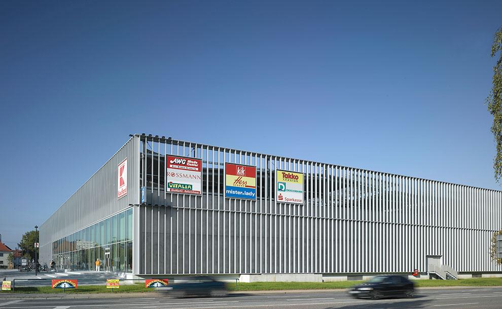 alex center regensburg archi viva architekten. Black Bedroom Furniture Sets. Home Design Ideas